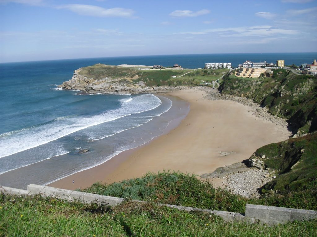 Playa Los Locos en Suances