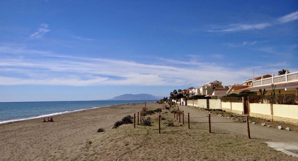 Playa Los Rubios en Rincón de la Victoria