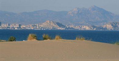 Playa Los Saladares en Alacant