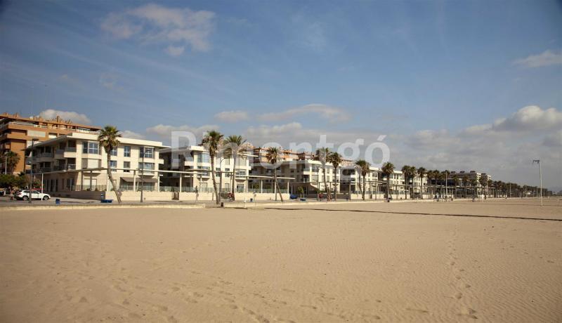 Playa Patacona en Alboraya