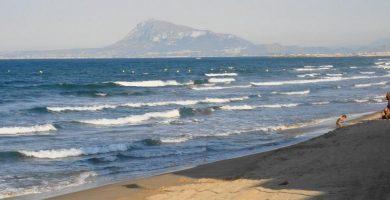 Playa Piles en Piles