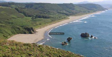 Playa Playón de Bayas en Castrillón