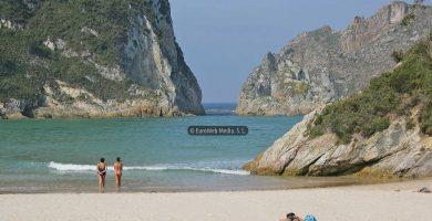 Playa Porcía en El Franco