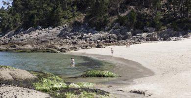 Playa Pozo Pequeña en Porto do Son