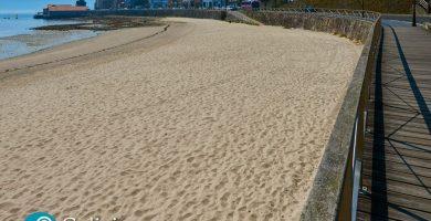 Playa Praia da Rocha en Muros