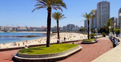 Playa Riazor en A Coruña