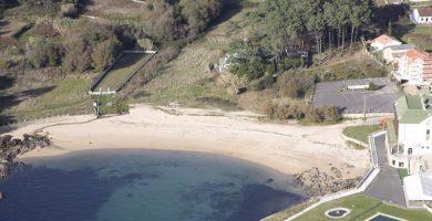 Playa Río Azor en Ribeira