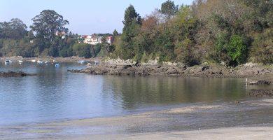 Playa Río Sandeu en Fene