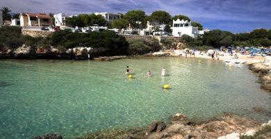 Playa Sa Caleta d'en Gorries en Ciutadella de Menorca