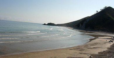 Playa San Antolín en Llanes