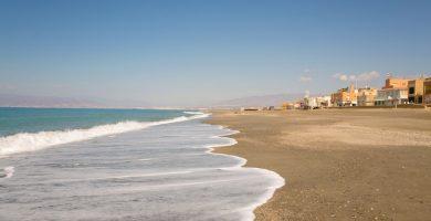 Playa San Miguel de Cabo de Gata en Almería