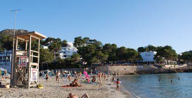 Playa S'Arenal Petit de Portinatx en Sant Joan de Labritja
