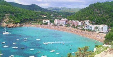 Playa S'Illa d'En Bosc en Sant Joan de Labritja