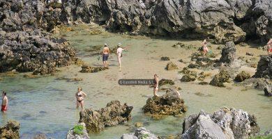 Playa Xiglu en Llanes
