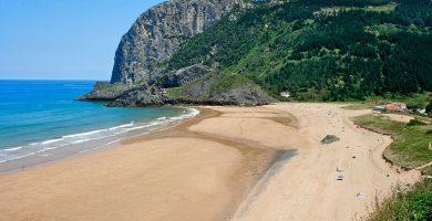 playas de Ibarrangelu