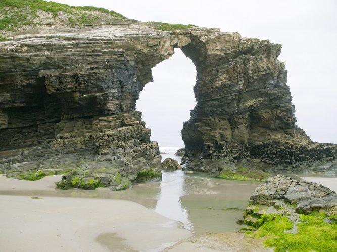 Playa las Catedrales